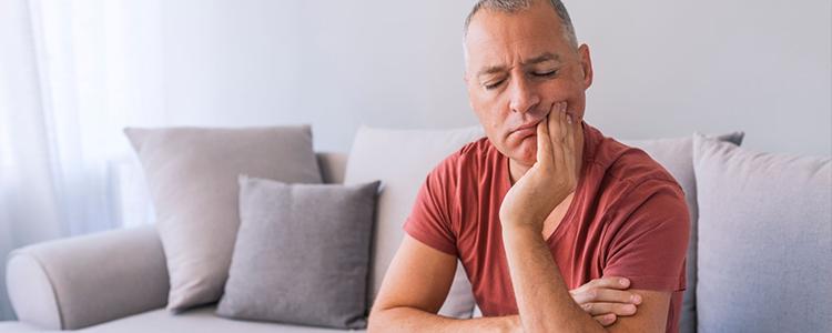 O que fazer quando tenho dor de dente e não posso ir ao dentista?